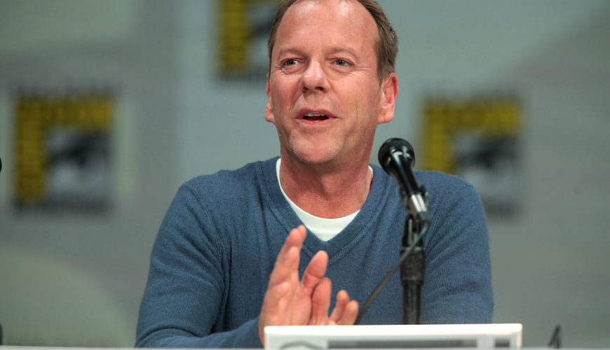 Kiefer Sutherland speaking at the 2014 San Diego Comic Con. Photo by Gage Skidmore